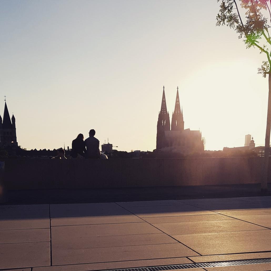Kölner Dom, Sonne, et cetera / Rheinboulevard (05. Juli 2019)